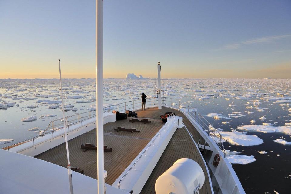 Как правильно подготовиться к путешествию на яхте во льдах