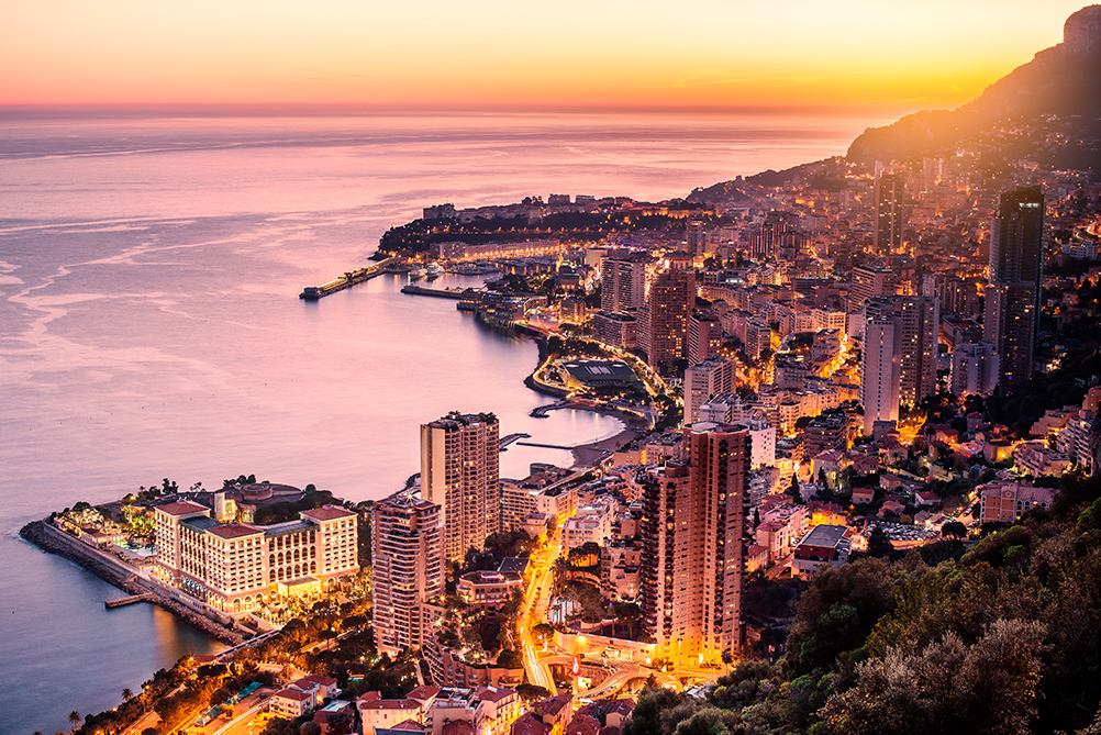 Top location in Monaco, the capital of yachting. Inside knowledge of the industry.