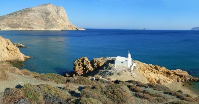 Самые интересные острова в Греции, которые можно посетить на яхте