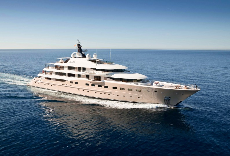 M/Y HERE COMES THE SUN