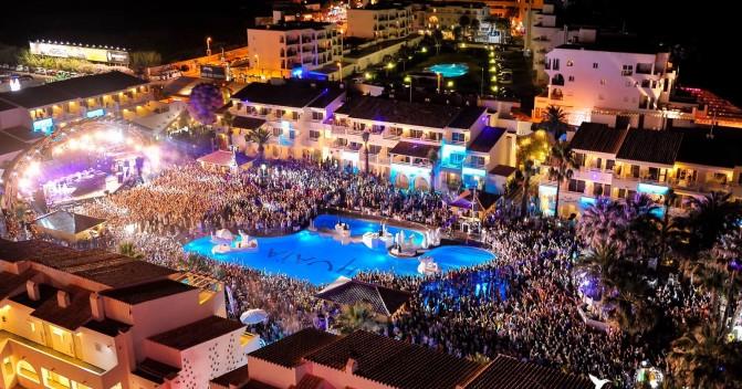 Путешествие на яхте в Средиземном море: лучшие места для вечеринки