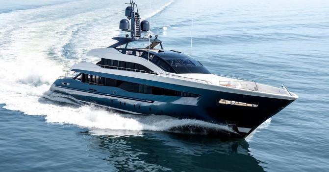 Yacht Charter Irisha